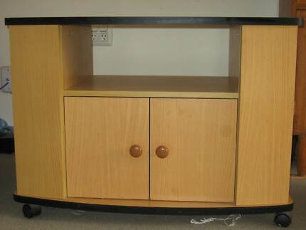 TV cabinet in good condition
