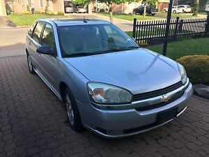 Loaded 2005 Chevrolet Malibu Maxx *AS IS  - FOR PARTS OR REPAIR