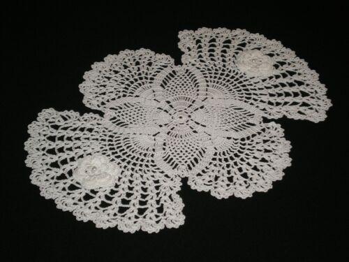 New Handmade White Crocheted  Roses Doily