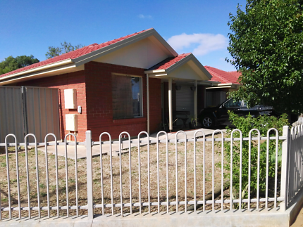 Housing SA Swap 2bedroom unattached house in Magill