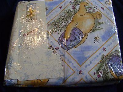 NEW Classic Winnie the Pooh Full Bedskirt