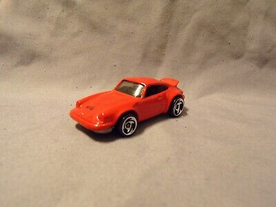 HOT WHEELS 1974 PORSCHE 911 CARRERA P-911 BRIGHT RED MALAYSIA NICE CAR