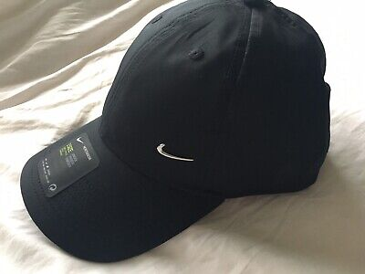 Nike Swoosh Golf Baseball Cap - Brand New With Tags.  One Size .