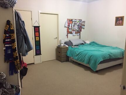 Room for rent- 2 months in Maribyrnong