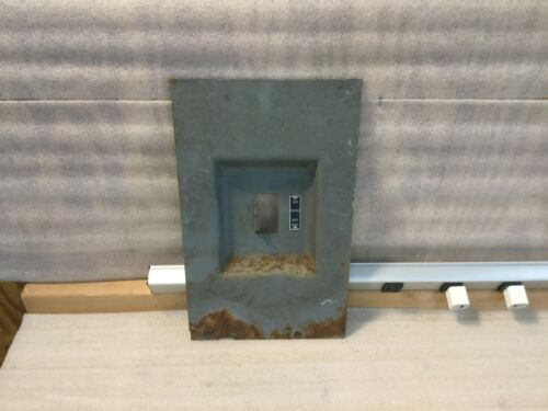 SQUARE D 200 AMP 2 POLE (DOOR COVER ONLY)