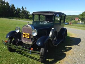 FOR SALE 1928 MODEL A FORD DELUXE