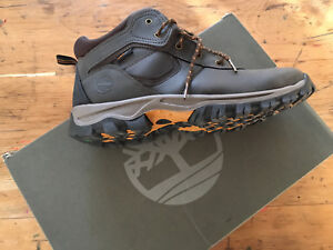 Boys/Junior's Timberland boots size 7