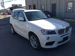 Amazing deal! LOW LOW km's! BMW - X3