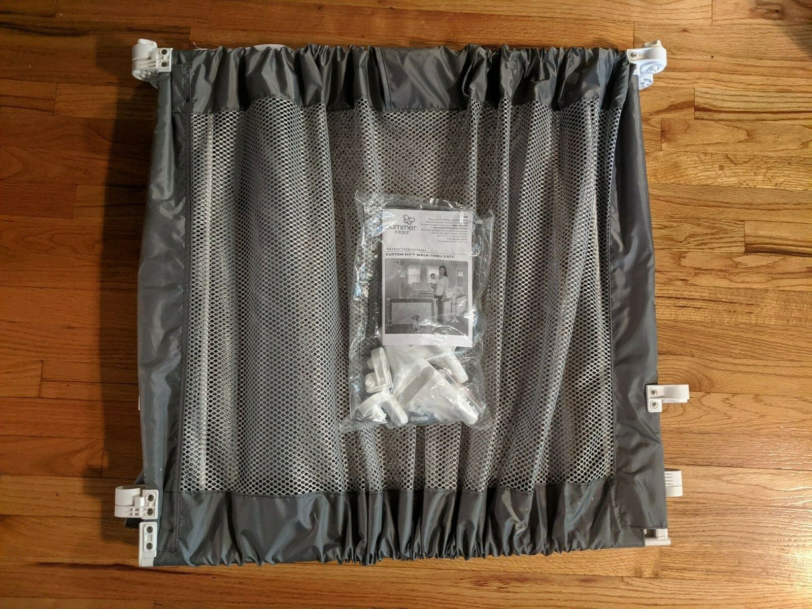 Summer Infant Custom Fit Gate, Grey