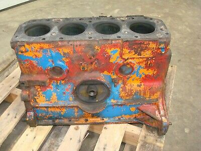1959 Ford 881 Tractor Engine Block 600 800 Gas 134