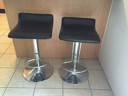 Adjustable Black and chrome bar stools X 2 Old Toongabbie Parramatta Area Preview