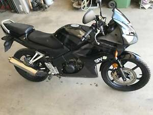 Honda cbr 125 in queensland gumtree australia free local classifieds fandeluxe Choice Image