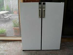 Westinghouse Fridge and Freezer Pigeon Pair Piccadilly Adelaide Hills Preview
