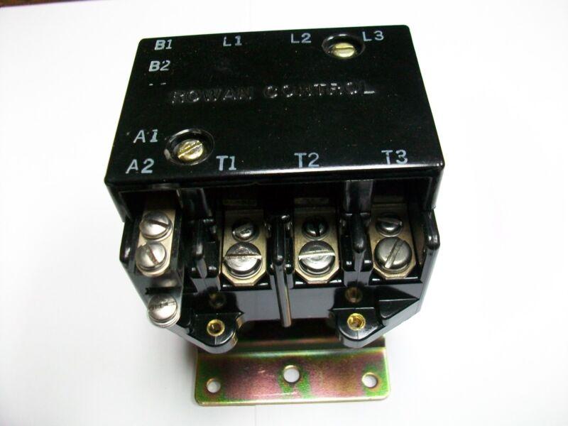 ITE / ROWAN CONTACTOR  3P NO  30A/40A Res.  28 V. Ac. COIL