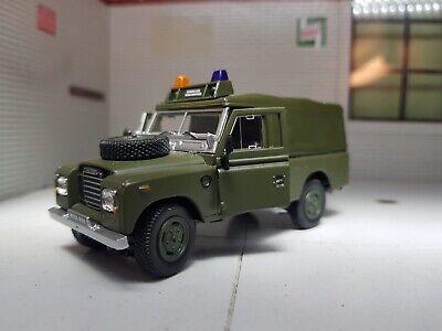 1:43 Modelo a Escala Land Rover 109 Serie 3 Capota Blanda Militar...