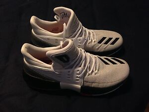 NEW ADIDAS DAME 3 SZ 9.5 DS
