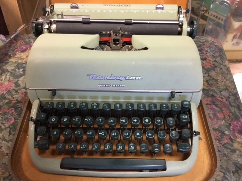 "VINTAGE MANUAL MIRACLE RITE REMINGTON TYPEWRITER WITH CASE ""WORKS"""