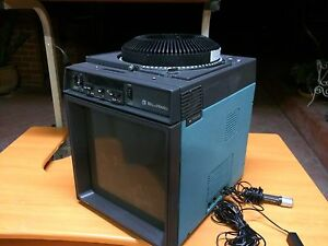 Slide projector by Bell & Howell in working condition Narre Warren South Casey Area Preview
