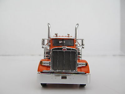 DCP 1/64 SCALE 379 PETERBILT SMALL BUNK (DAY CAB OPT) ORANGE WITH GRAY STRIPE 1