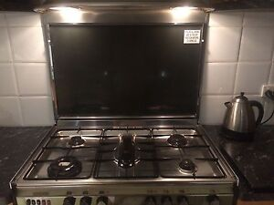 Stainless Steel Standing Oven Sunshine North Brimbank Area Preview