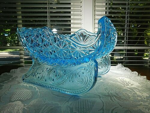 """LG Wright Glass small blue Daisy & Button Candle Holder Sleigh 7 1/2"""""""