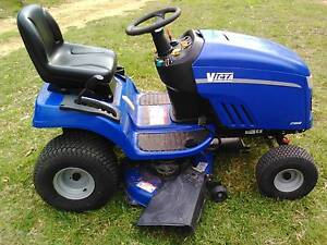 RIDE ON MOWER VICTA LT 19542 Bellbrae Surf Coast Preview