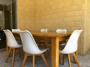 Excellent Condition 6 Seater Timber Dining Table - $850