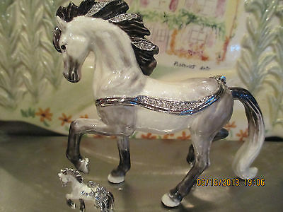 "ANTONIO  "" THE ANDALUSIAN HORSE  ~  ENAMELED JEWEL BOX & NECKLACE      62640"