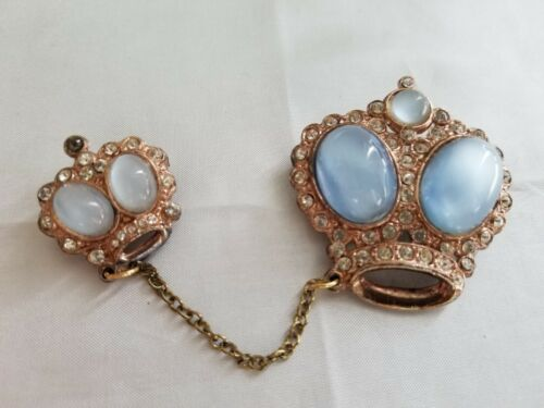 VINTAGE DOUBLE CROWN BROOCH, BLUE JELLY BELLY, CROWN PINS, HERALDIC JEWELRY