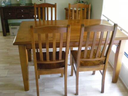 Dining table& chairs