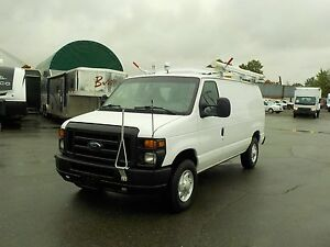2009 Ford E-350 Super Duty Cargo Van