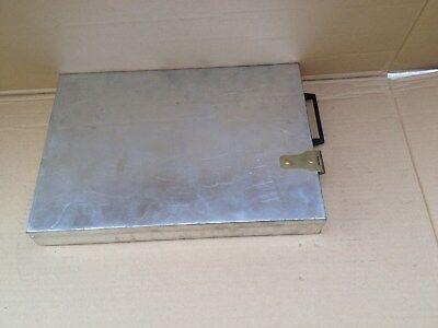 I/  Geld/Schmuck kasette Chrom aus Bank Schliessfach Tresor 37x24x4,5 cm Waffen?