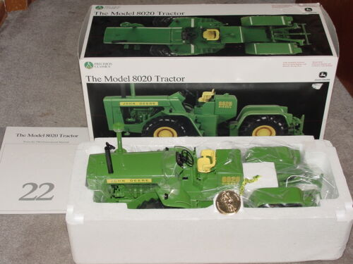 ERTL 1/16 JOHN DEERE MODEL 8020 4WD #22 PRECISION TRACTOR NIB