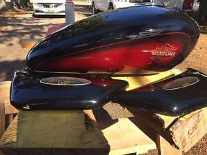 Suzuki intruder 1400 parts