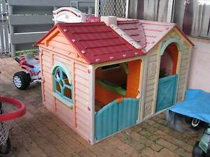 kids cubby house with two rooms, doors and windows Forrestfield Kalamunda Area Preview