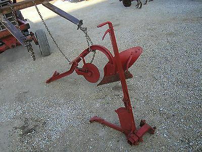 Farmall Tractor Avery Tractor 1 Bottom Plow Coulter Hand Lift Mount