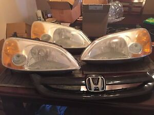 01 - 03 Honda Civic oem headlight (both sides) and grill