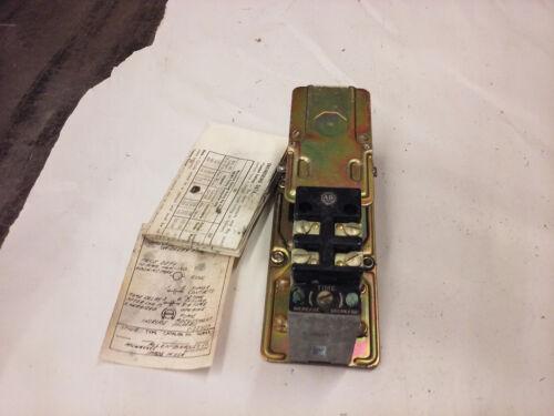 Allen Bradley 849-Z0D32 Pneumatic Timing Delay 110/120V.  NEW OLD STOCK