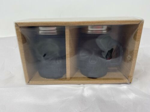 New Matte Black Skull Salt & Pepper Set By Amicihome Cer0697-921