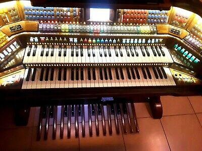CHEAP !!! Lowrey PRESTIGE electronic organ with USB and DVD drive  ONLY $ 5,000