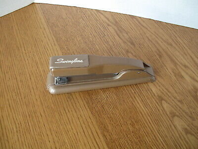 Vtg Swingline 27 Desktop Metal Stapler Heavy Duty Mid-century Modern Retro