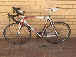 Pinarello FP3. Full Carbon + Shimano Ultegra Perth Perth City Area Preview
