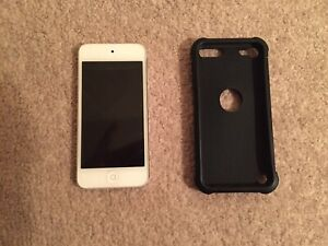 White iPod touch 32 gb