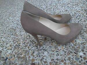 COUNTRY ROAD CANDICE NUMBUCK PUMP TABACCO BROWN SUEDE SIZE 39 Pimpama Gold Coast North Preview