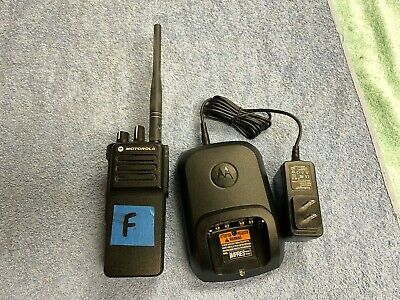 Lotf Pre-owned Motorola Xpr 7350e Two Way Radio Vhf Aah56jdc9wa1an W Charger