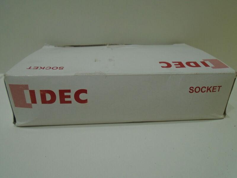 IDEC SH1B-62 RELAY SOCKET 9K903 *32 PIECES IN BOX*