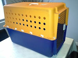 Pet carrier Melville Melville Area Preview