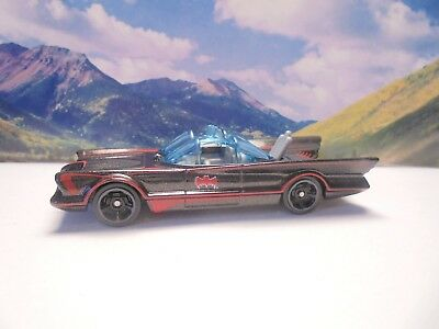 1966 BATMOBILE    2018 Hot Wheels Batman Series     Black