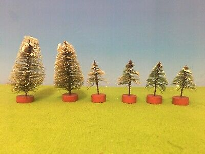 VINTAGE TOY - 6 PIECE SNOW CHRISTMAS TREES - TRAIN SET READY!