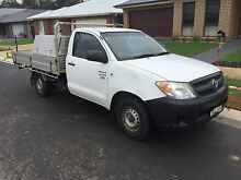 TOYOTA 2005 HILUX WORKMATE -- low kms Appin Wollondilly Area Preview